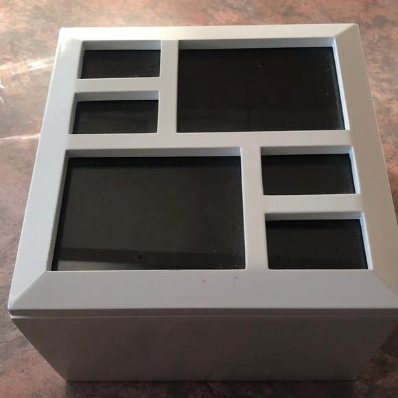 Umbra Photo Box